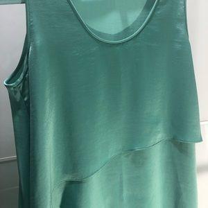 BCBG MAXAZRIA Asymmetrical drape and flow dress 👗
